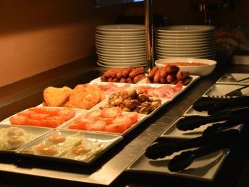 Breakfast Bar - Full English Breakfast with Continental Extras