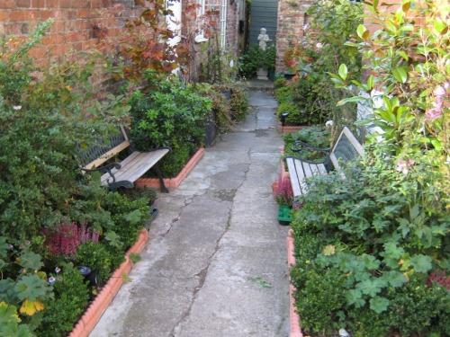 Beverley Guest House Side Gardens