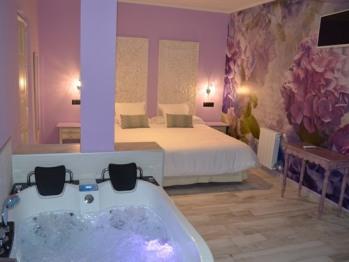 Suite Premium con Jacuzzi y Terraza