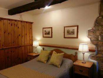Double room-Standard-Ensuite-Sleeps up to 3 people - Base Rate
