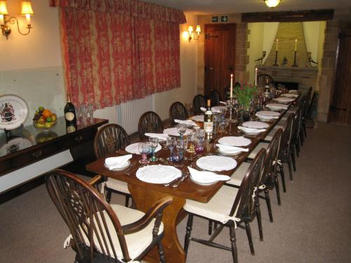 Dinners for large parties available on request