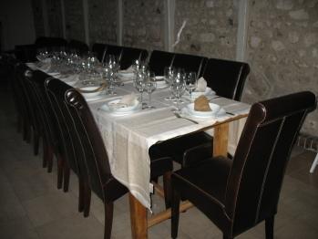 Grande table de la salle à manger