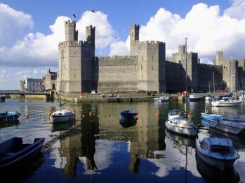 visit Caernarfon Castle