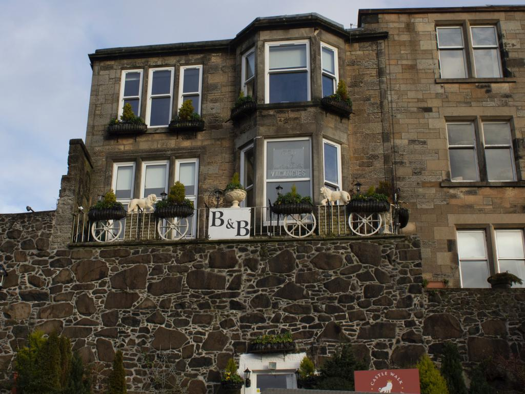 Castle Walk Bed & Breakfast is set in the historic Stirling city walls