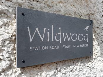 Wildwood B&B - Wildwood B&B exterior house sign