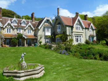 Lisle Combe - House and front lawn