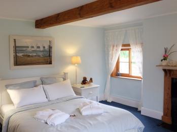 Rosie's, romantic vintage style double room
