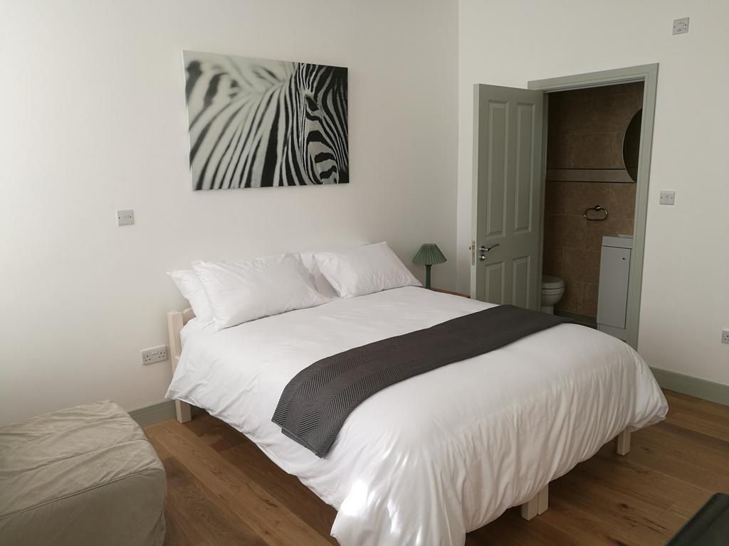 Double room-Superior-Ensuite with Shower