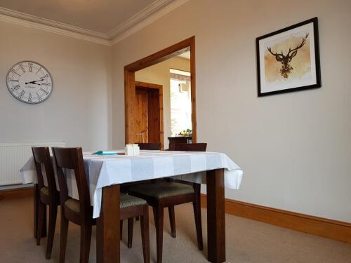 Dining Room / Breakfast