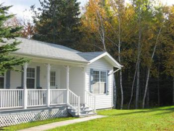 Deluxe 2 Bedroom cottage with Hot Tub
