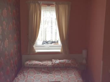 Quad room-Basic-Ensuite with Shower-ROOM 9