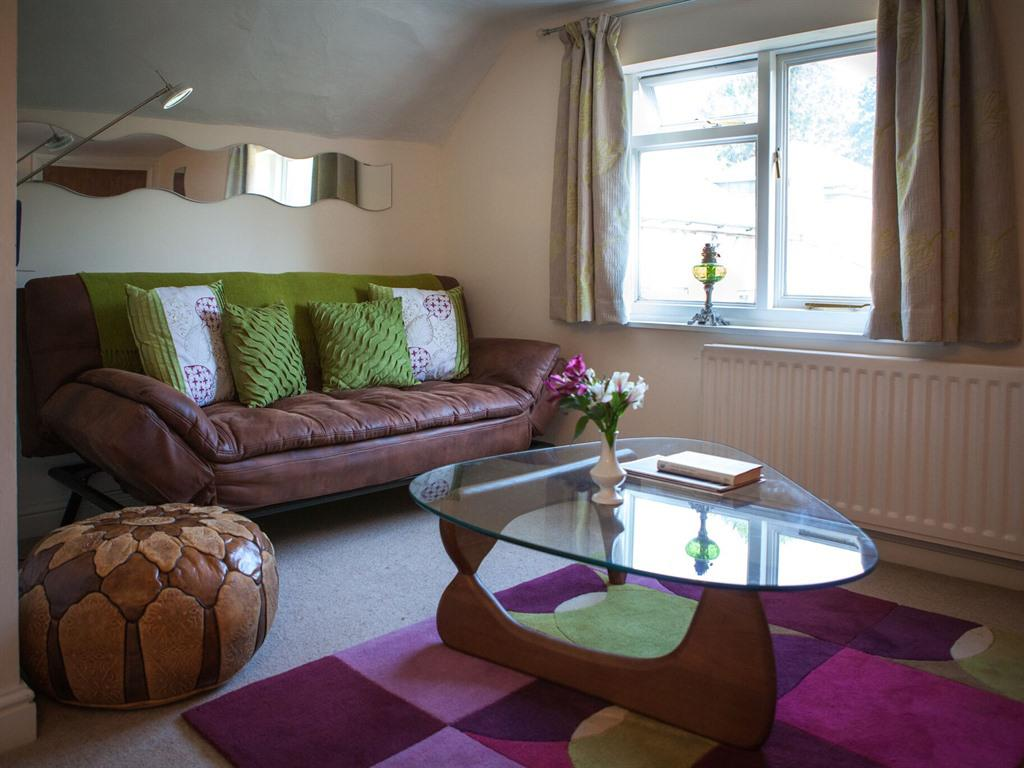 Double room-Suite-Ensuite-GENEROUS  - Base Rate