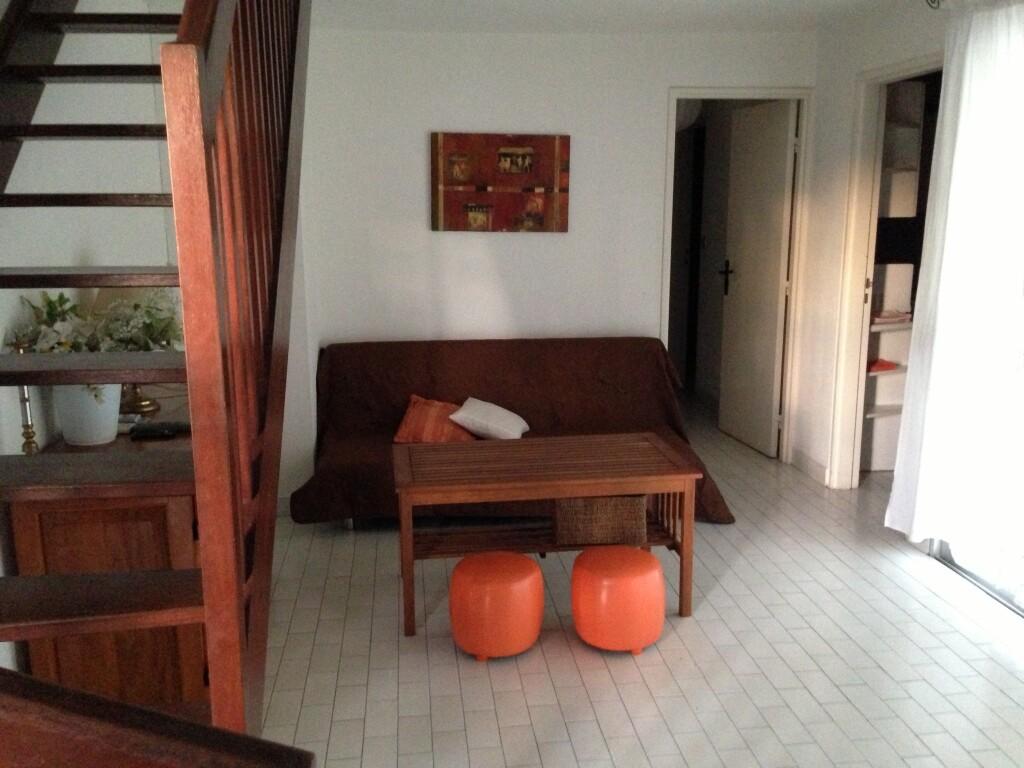 intérieur de l'appartement, place principale climatisée
