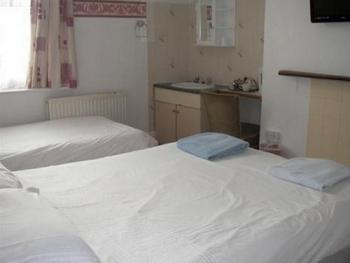 Family room-Shared Bathroom-Sea View-2 Adults and 2 Children