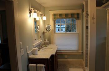 Monet bathroom