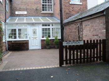 Grove House Guest House -