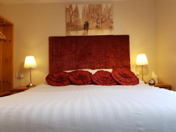 Double room-Ensuite with Shower-Room 1 - Base Rate