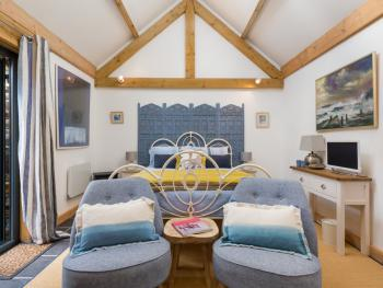 Storm Barn - Seating and double bed