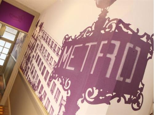 French metro wallcovering in entrance hall