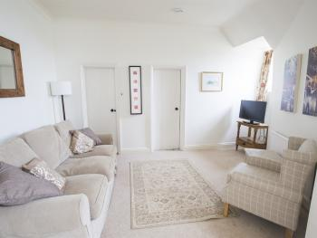 Family room-Apartment-Private Bathroom-Garden View - Base Rate