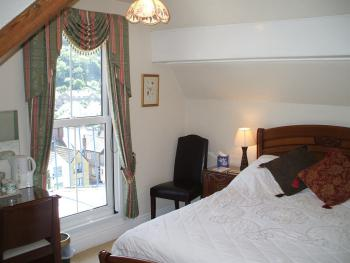 Double room-Private Bathroom-Summerhouse Hill