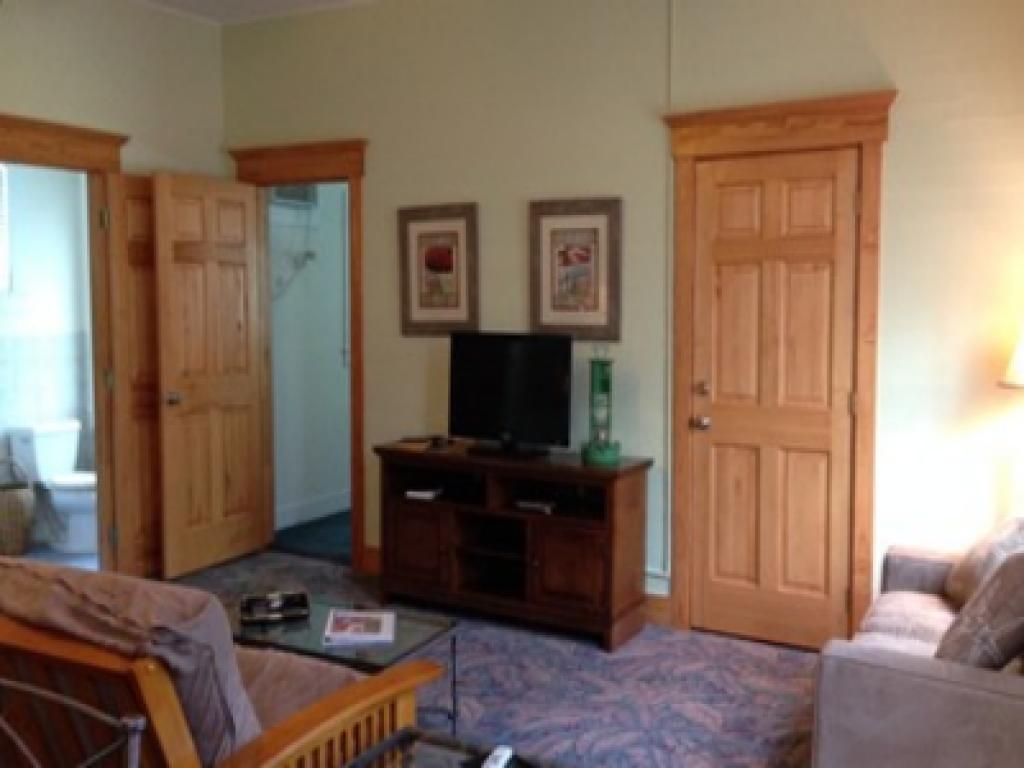Quad room-Ensuite-Standard-1 Bedroom / #4 - Base Rate