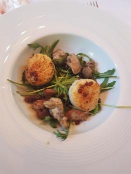 Salade de Saint-Jacques et de ris de veau