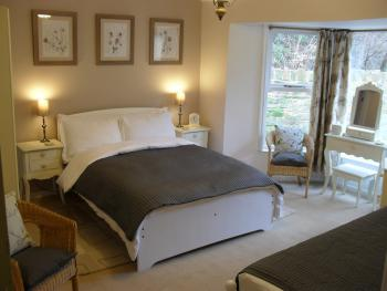 Family room-Ensuite-First Floor-Sleeps upto 3