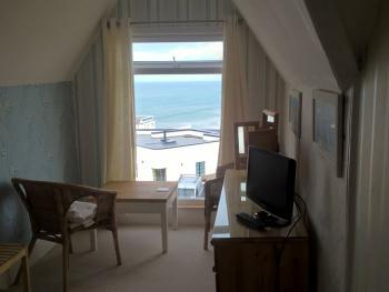 Double room-Budget-Ensuite with Shower-Sea View-Attic