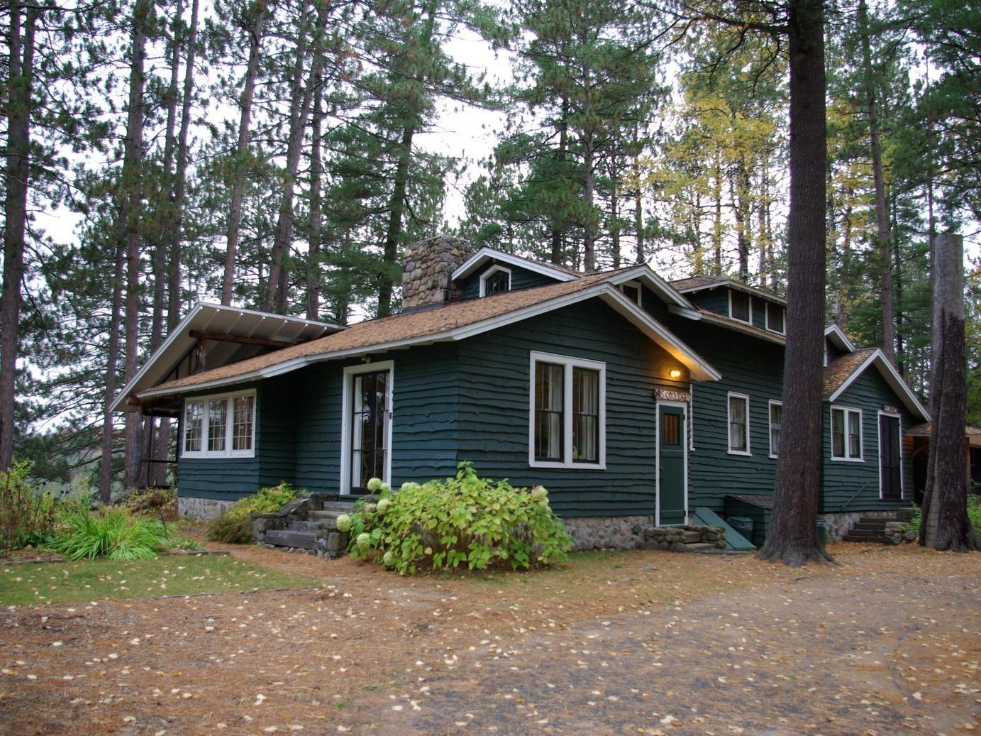 Mrs Coolidge's Cabin -- Lake View