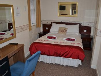 Double room-Ensuite with Shower-Large - Double room-Ensuite with Shower-Large