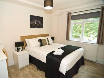 Apartment-Ensuite-2 Bedroom (4 Adults)