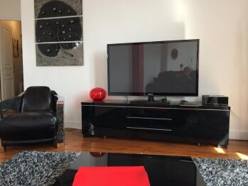 TV grand écran