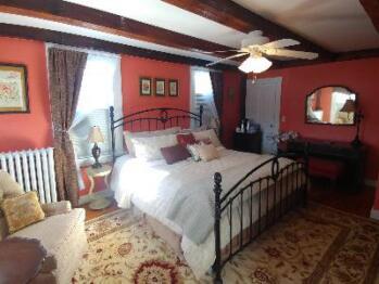 Double room-Ensuite-Standard-Suite 3