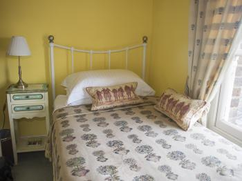 Single room-Ensuite-Bertie Room