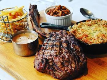 30oz Tomahawk Steak