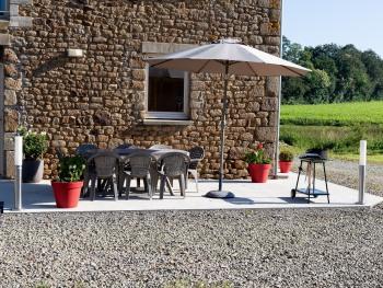 terrasse, barbecue, salon de jardin, parasol