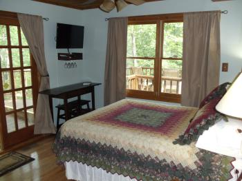 Tree Top suite bedroom