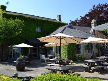 The White Hart Inn - Garden