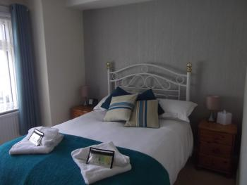 Double room-Superior-Ensuite with Shower-Dog Friendly