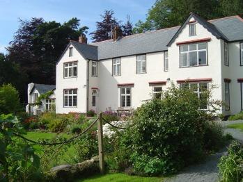 Edgcott House - Edgcott House