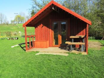 Cedar Lodge with ensuite toilet