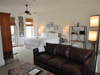 Single room-Ensuite with Bath-Premium-Countryside view-Kyle Room - Base Rate