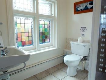 Ground Floor Twin Room Bathroom