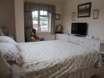 Double room-Comfort-Ensuite with Shower-Garden View-Room 2
