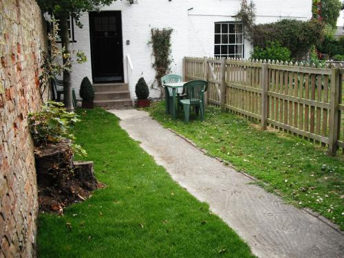 Durlock Studio Garden