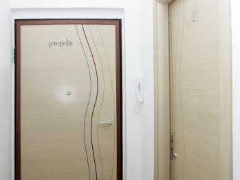 Portone ingresso lato interno