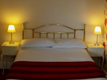 Family room-Ensuite-Sleeps 4 People room only