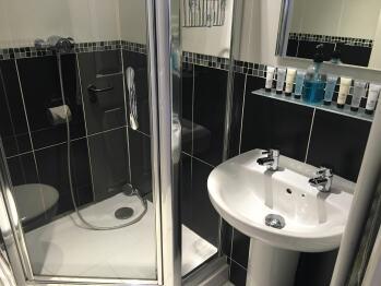 Shower room, ensuite