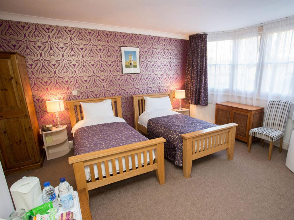 Triple room-Ensuite- 3 Adults - Base Rate